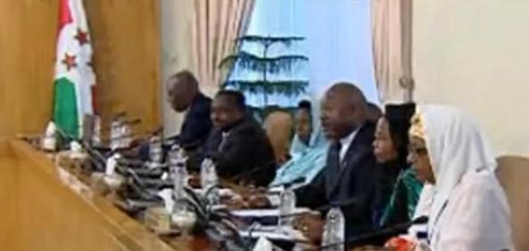 Drapeau du Burundi transformation en drapeau islamique